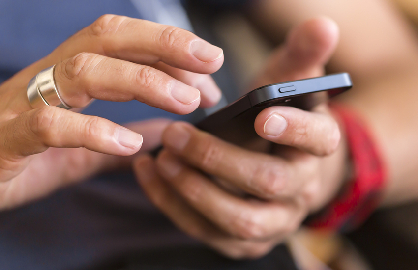 Is Your Cell Phone Causing Your Breakouts?